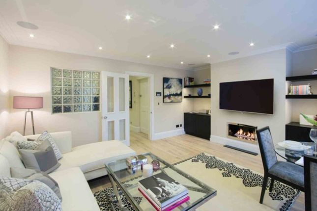 Thumbnail Penthouse to rent in Park Walk, London