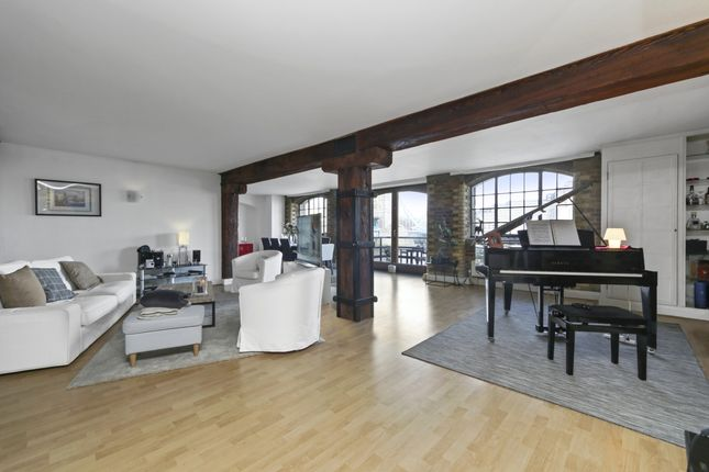 Thumbnail Flat to rent in Butlers Wharf West, Shad Thames, London