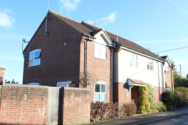 Thumbnail Flat for sale in Williams Court, Park Street, Hungerford