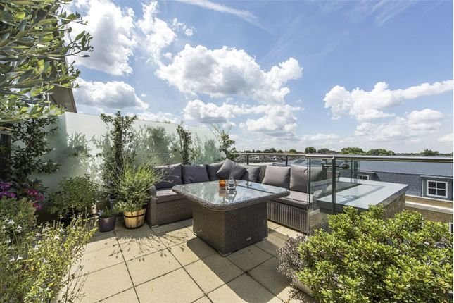 Thumbnail Flat to rent in Brewery Wharf, Twickenham, Middlesex