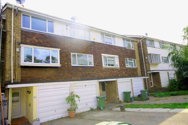 Thumbnail Property for sale in Silver Spring Close, Erith