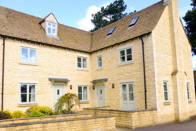 Thumbnail Flat for sale in Admiralty Row, Cirencester, Gloucestershire