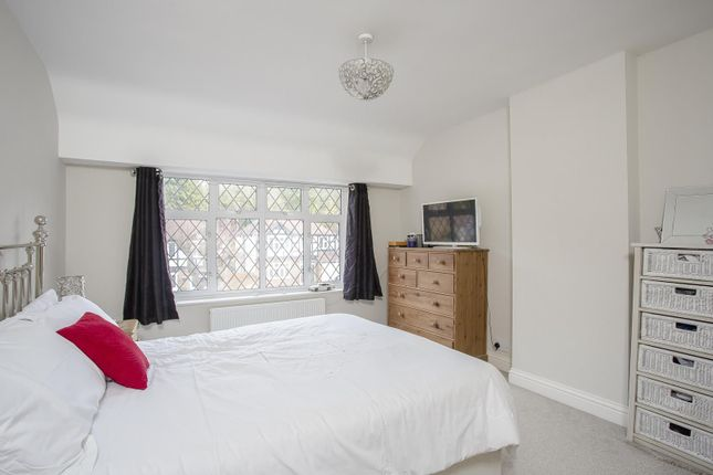 Picture No. 4 of Greenhill Avenue, Caterham, Surrey CR3