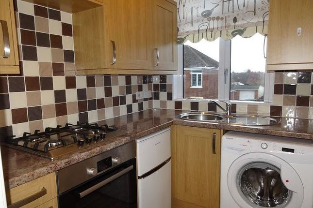 Thumbnail Flat to rent in Priestley Avenue, Pinhoe, Exeter