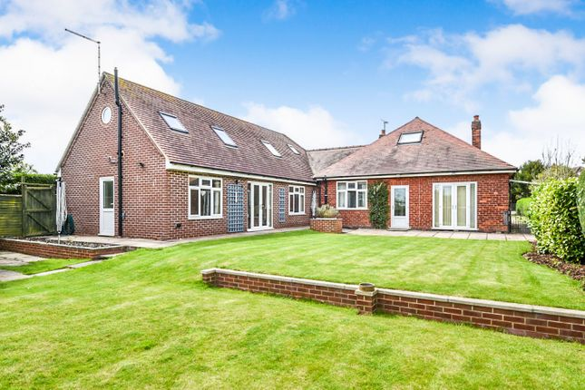 Thumbnail Detached house for sale in Derby Road, Aston-On-Trent, Derby