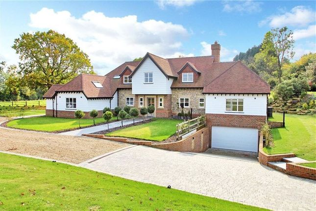 Thumbnail Detached house to rent in Bewley Lane, Plaxtol, Sevenoaks