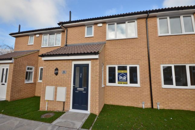Thumbnail Terraced house for sale in Windsor Parade, Windsor Road, Barton-Le-Clay, Bedford