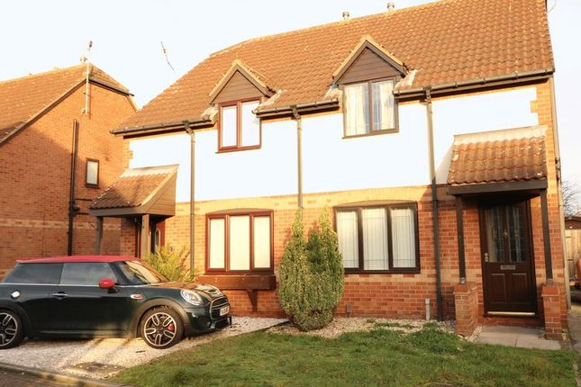Thumbnail Semi-detached house to rent in Ashberry Drive, Scunthorpe