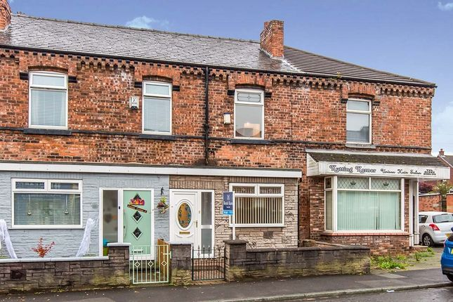 3 bed terraced house to rent in Ormskirk Road, Wigan, Lancashire WN5