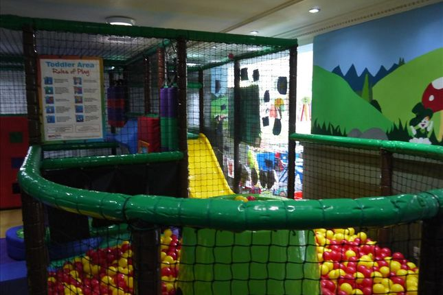 Thumbnail Commercial property for sale in Day Nursery & Play Centre WF17, West Yorkshire
