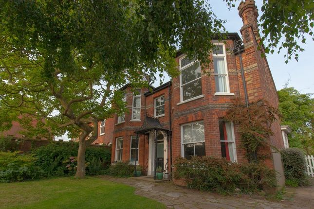 Thumbnail Town house for sale in Commercial Road, Dereham