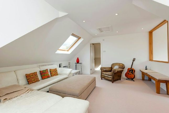 Bedroom 6 of North End Road, Golders Hill NW11