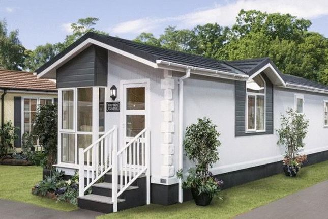 Thumbnail Property for sale in The Grove, Woodside Park Homes, Woodside, Luton