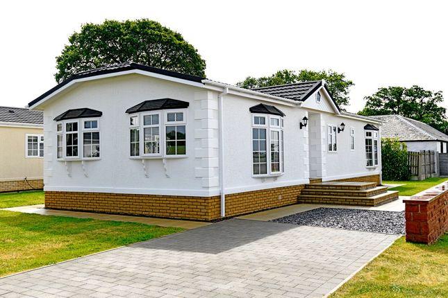 Thumbnail Mobile/park home for sale in Johnstonebridge, Lockerbie