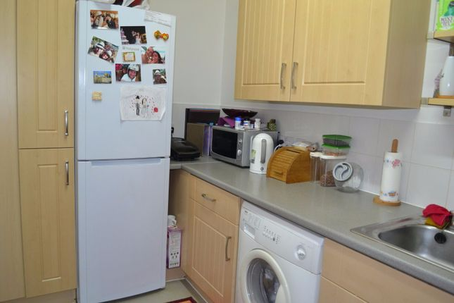 Thumbnail Flat to rent in Broadmead Road, 21 Caledonian Court, Northolt