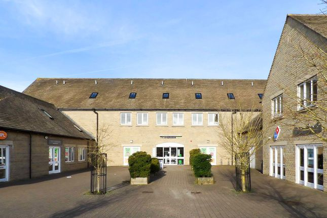 Thumbnail Flat to rent in Neighbourhood Centre, Witney, Oxfordshire