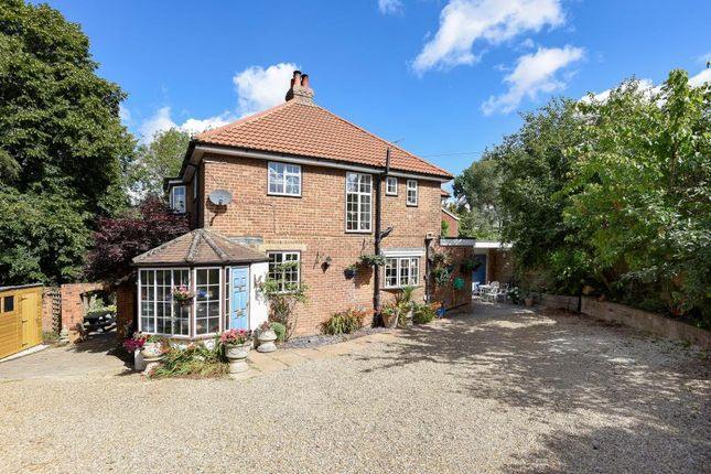 Thumbnail Detached house for sale in Hemel Hempstead, Herts