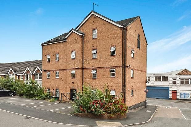 Thumbnail Property to rent in St. Andrews Square, Penkhull, Stoke-On-Trent