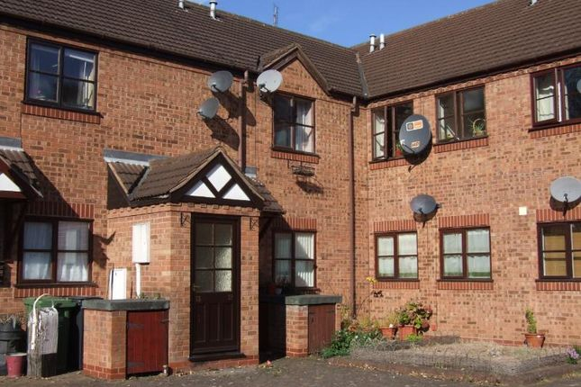Thumbnail Flat to rent in Vines Mews, Droitwich
