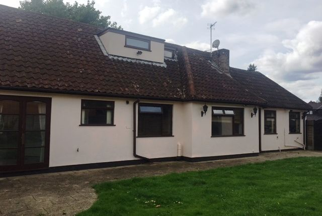 Thumbnail Bungalow to rent in Cornwall Road, Walsall