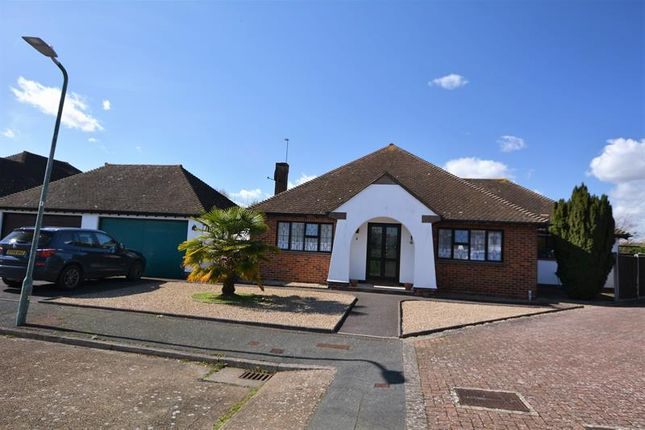Thumbnail Detached bungalow to rent in The Willows, Southend-On-Sea