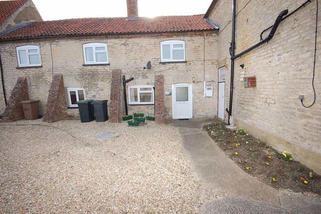 Thumbnail Cottage to rent in High Street, Metheringham, Lincoln