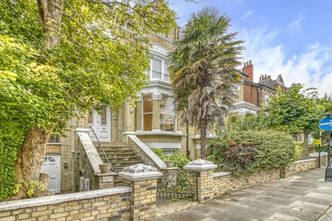 3 bed flat to rent in Priory Road, London NW6