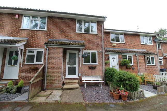 2 bed terraced house to rent in Millstream Close, Hertford SG14