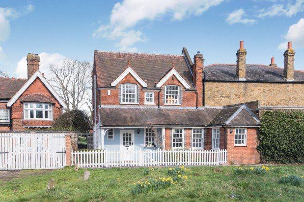 Thumbnail Semi-detached house to rent in Hawkwood Lane, Chislehurst