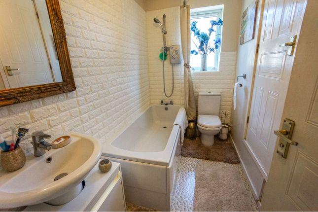 Bathroom of Richborough Drive, Dudley DY1