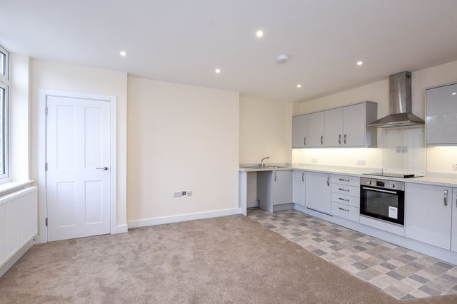 Thumbnail Flat to rent in Hailey Road, Witney, Oxfordshire