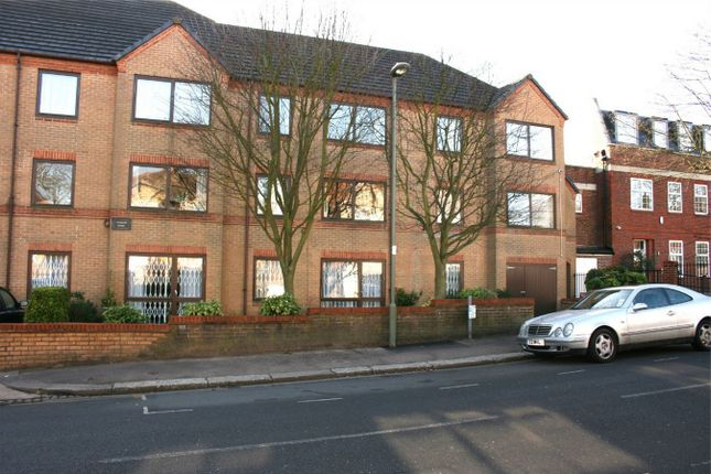 1 bed property for sale in Lychgate Court, 34 Friern Park, North Finchley