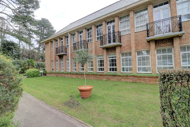 Thumbnail Flat for sale in The Water Gardens, De Havilland Drive, Hazlemere, High Wycombe