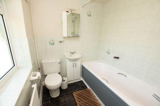 Bathroom of Watermans Road, Henley-On-Thames RG9
