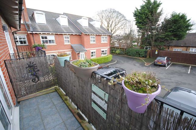 Thumbnail Flat to rent in Berkeley Court, Lower Green, Poulton-Le-Fylde