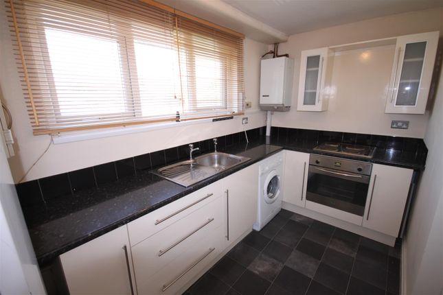 Thumbnail Flat to rent in Batemoor Road, Sheffield