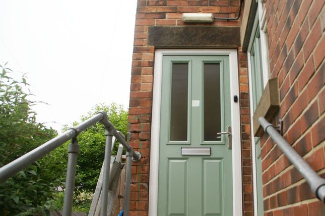 Thumbnail Flat to rent in Bank Road, Matlock, Derbyshire