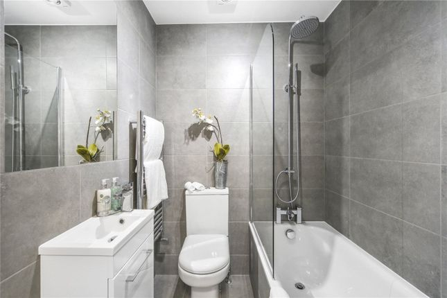 Bathroom of Victoria Road, London NW6