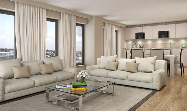 2 bed flat for sale in Stratford Central, Stratford, London