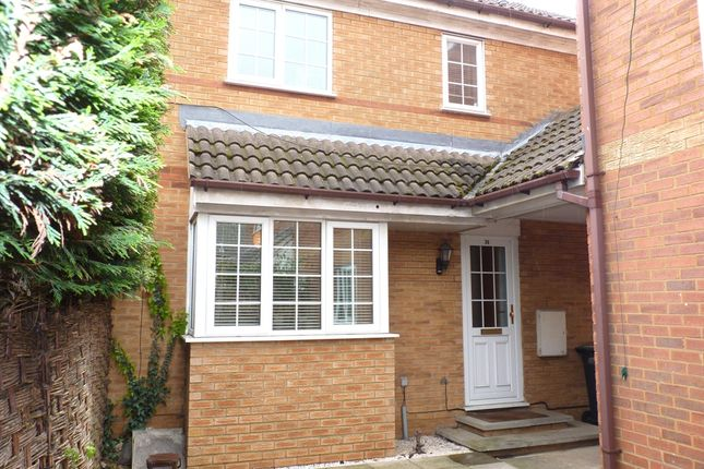 Thumbnail Mews house for sale in Grosvenor Gardens, Biggleswade