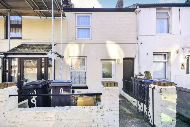 2 bed terraced house to rent in Edred Road, Dover CT17