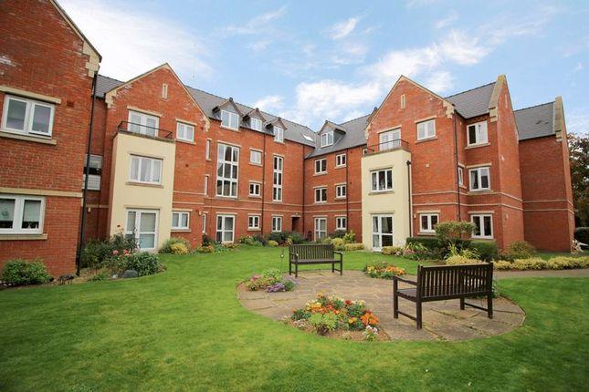 Thumbnail Flat for sale in Lalgates Court, Northampton