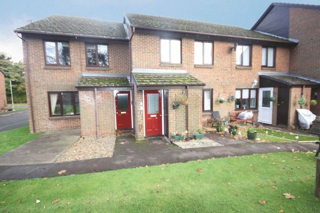 Thumbnail Flat for sale in Lime Walk (Priory Park), Dunstable