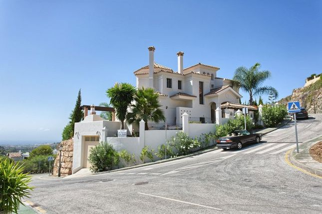 Thumbnail Villa for sale in Avenida Tomas Pascual, S/N, 29660 Marbella, Málaga, Spain