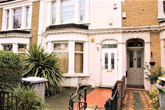 2 bed flat to rent in Capel Road, Forest Gate
