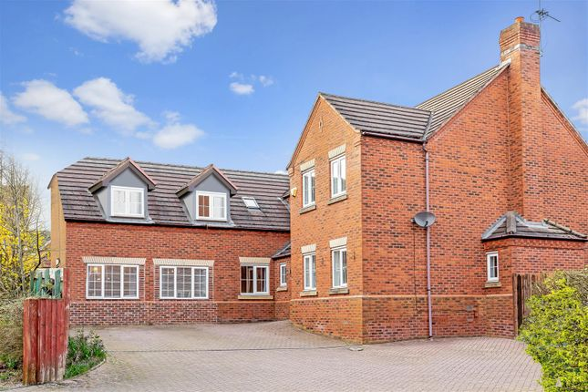 5 bed detached house for sale in Farthing Walk, Coventry CV4