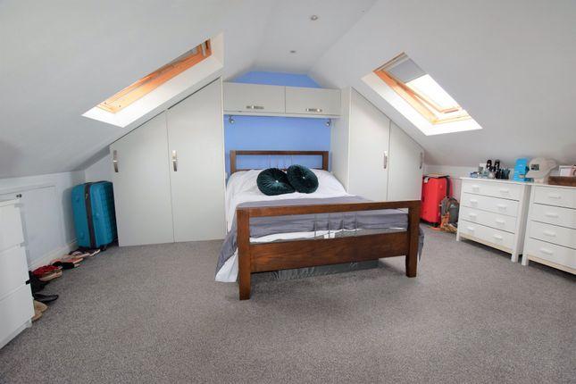 Master Bedroom/Loft Room