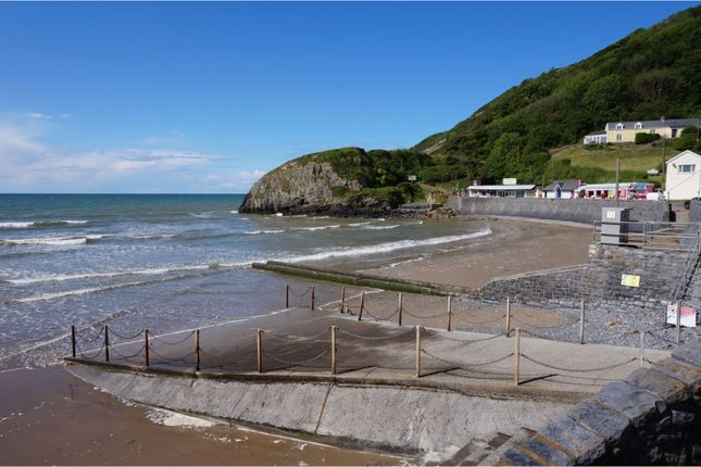 Thumbnail Flat for sale in Pendine, Carmarthen