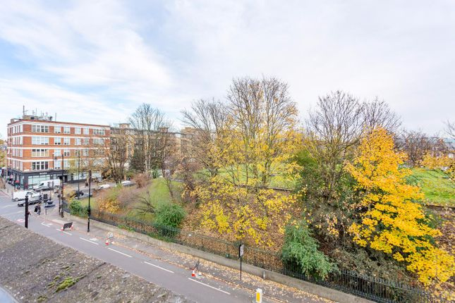 Thumbnail Terraced house for sale in Claremont Square, Finsbury