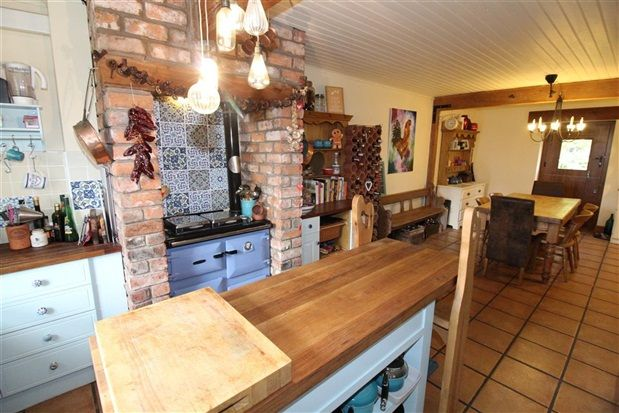 4 bed property for sale in Moss Hall Barns, Out Rawcliffe
